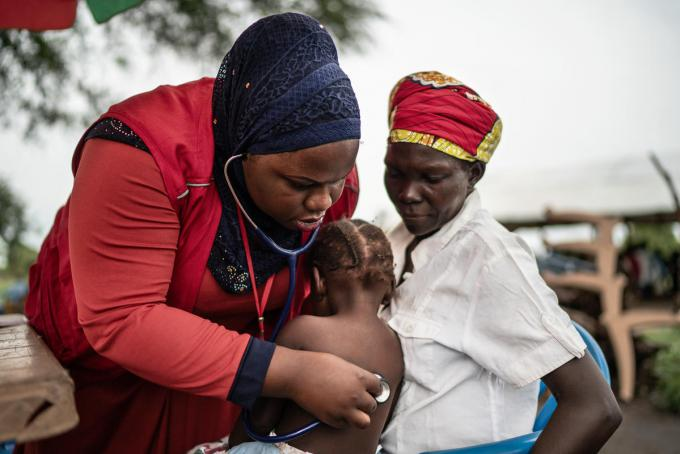 Health clinic in West Nile. Frederik Lerneryd / Save the Children