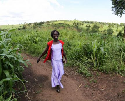 World Humanitarian Day: Meet Estella, one of our humanitarian heroes